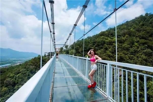 浏阳•大围山森林公园、皇龙峡5D玻璃桥、七彩玻璃漂流2日游